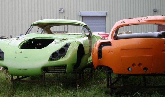 Nevyužité karoserie TVR po krachu výroby v Blackpoolu