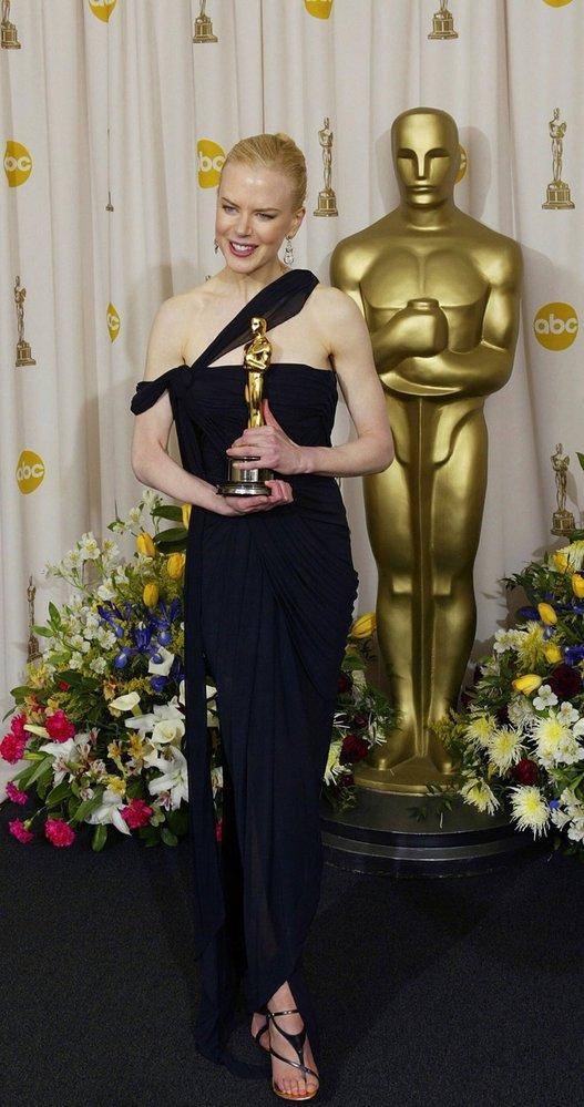 Nicole Kidman se svým Oscarem za film Hodiny (2003)
