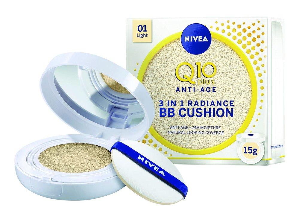 4 Pečující make-up v houbičce, Q10 Plus, Nivea, 580 Kč