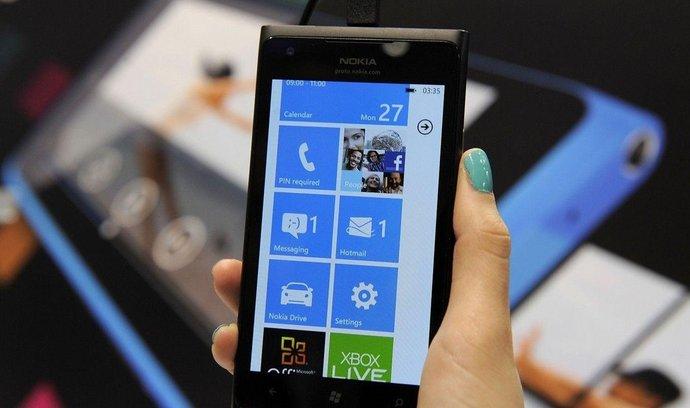 Nokia, Lumia 900