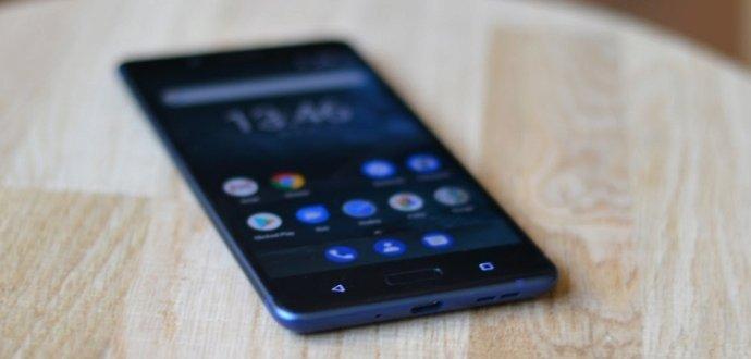 Recenze Nokia 8: vrací se legendární značka zpět na výsluní?