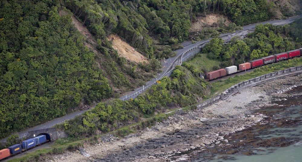 Nový Zéland postihly silné otřesy půdy.