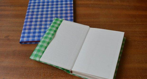 Jak se to dělá: Obal na knížku bez nůžek a lepení