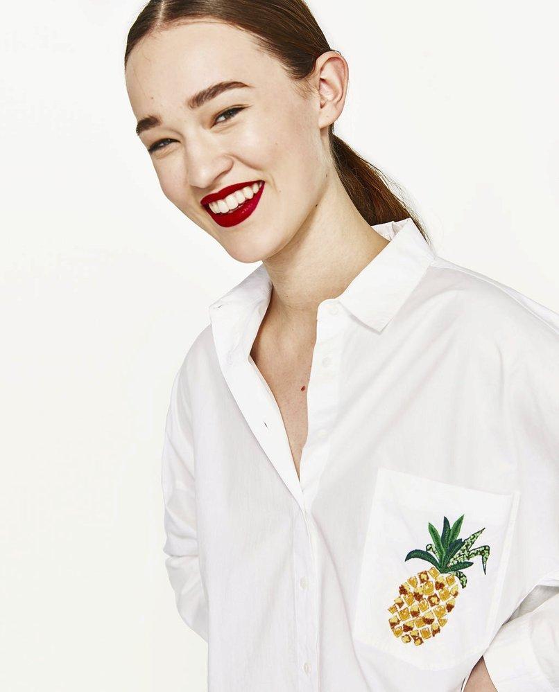 Košile s ananasem na náprsní kapse, Zara, 799 Kč
