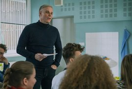 Ochránce: Napínavý, a hlavně zásadní seriál ze školního prostředí. Mluvit se o něm…
