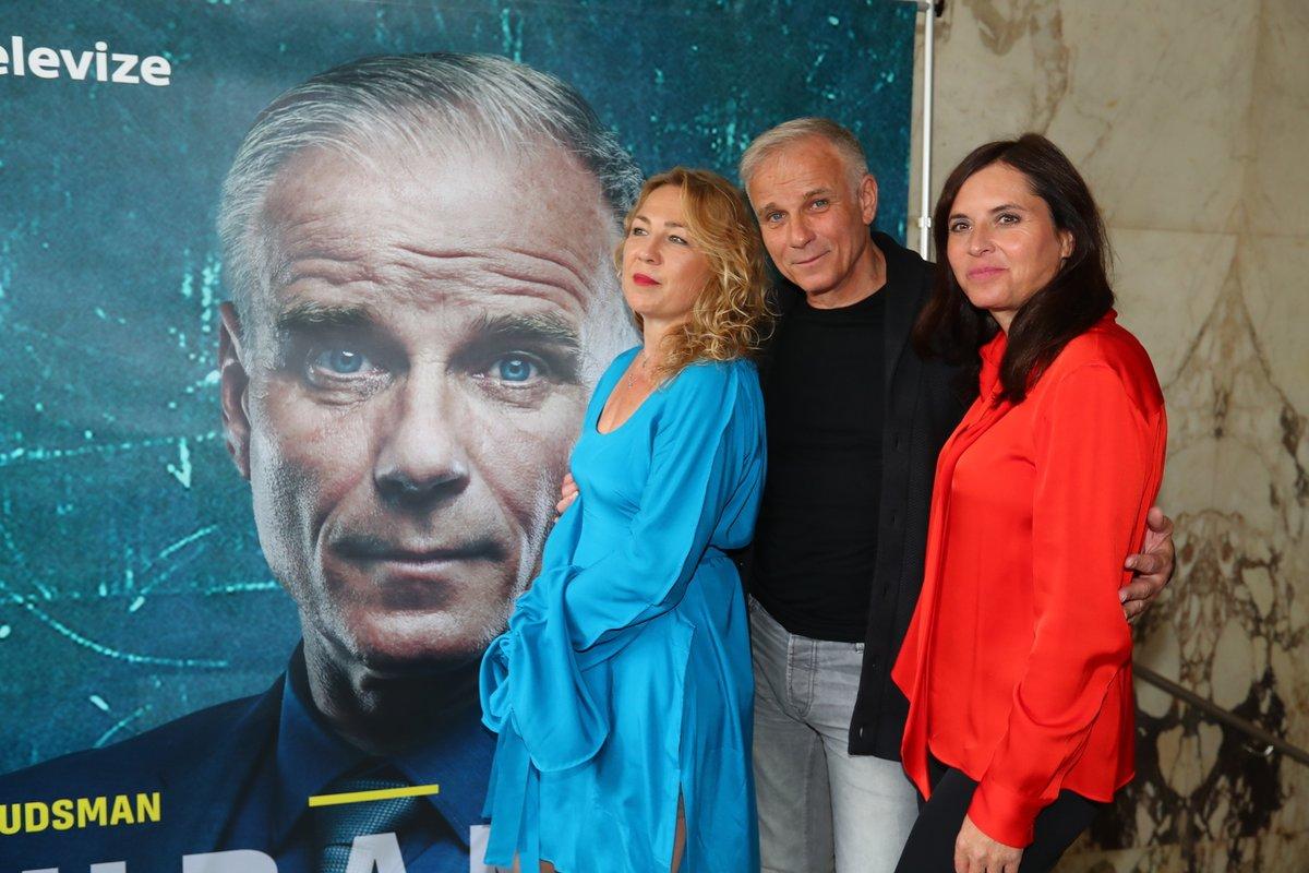 Tereza Kopáčová, Lukáš Vaculík a Bára Kodetová představili seriál Ochránce.