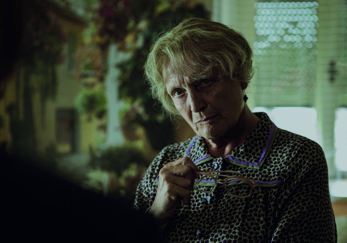Regina Rázlová ztvárnila babičku utonulého chlapce.