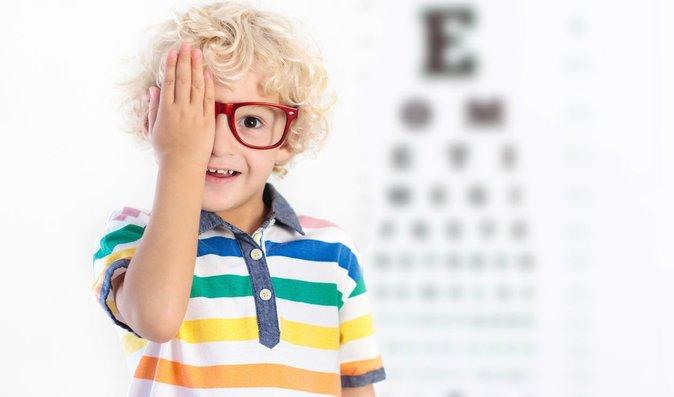 látásélesség 3 0 látászavarok foltok
