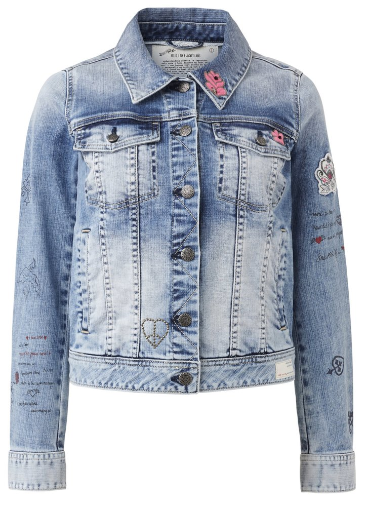Džínová bunda s nášivkami, cena: 9999 Kč