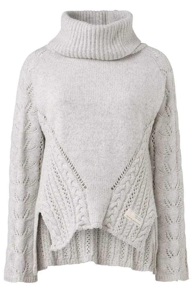 Pletený svetr s nápaditými detaily, cena 6499 Kč