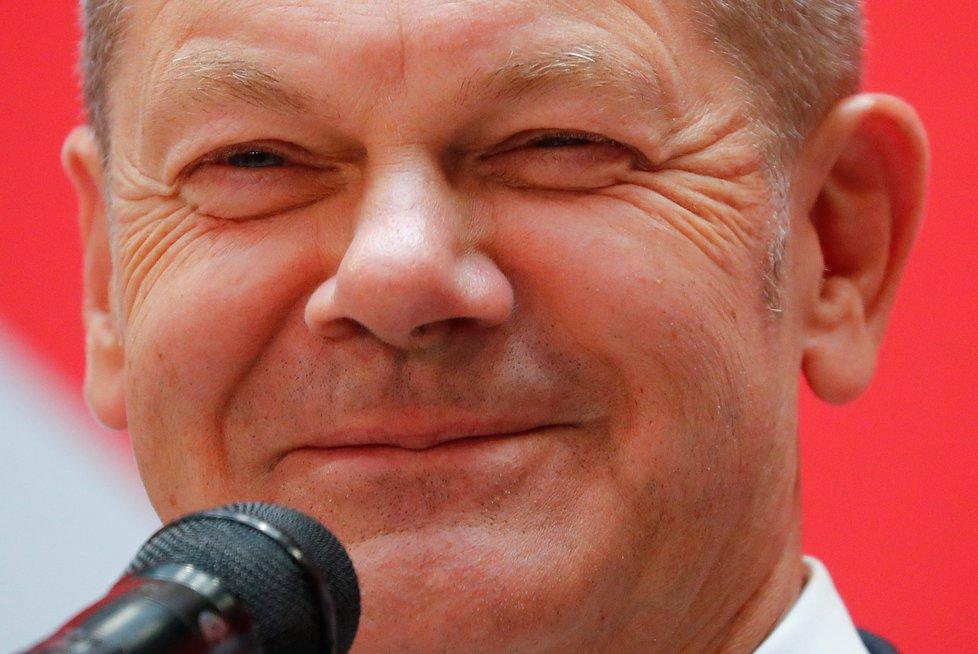 Vítěz německých voleb 2021 Olaf Scholz, lídr SPD (27.9.2021)
