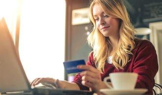 Na 41 procent lidí si po pandemii zvyklo častěji nakupovat v e-shopech