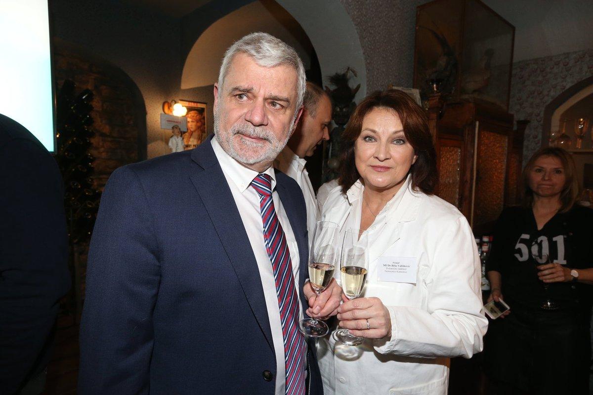 Petr Štěpánek a Zlata Adamovská na 1000. klapce Ordinace v růžové zahradě 2