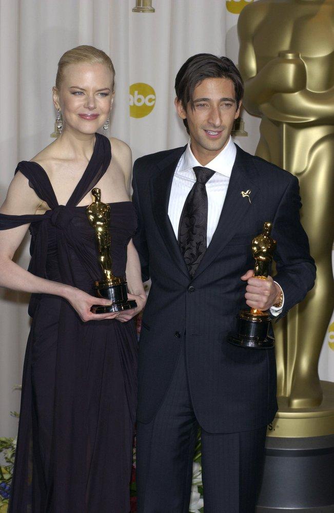2003 - Nicole Kidman získává Oscara za neuvěřitelné ztvárnění Virginie Woolf ve filmu The Hours (Hodiny). Překvapil i Adrian Brody jako pianista ve stejnojmenném filmu.