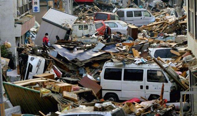 Následky zemětřesení na severovýchodě Japonska