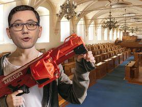 Ovčáček se zabarikádoval v Senátu, aby zabránil puči. Ozývá se střelba
