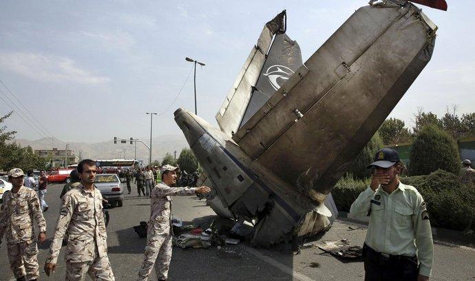 Pád letadla společnosti Sepahan Air v Teheránu