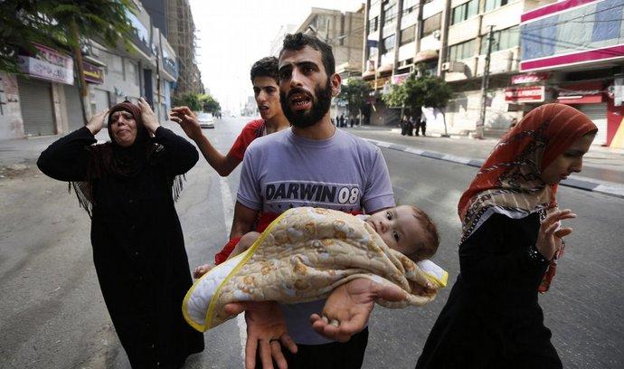 Palestinci v městě Gaza