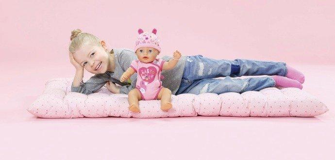 Chci být jako máma! Proč je dobré, aby si děti hrály s panenkami