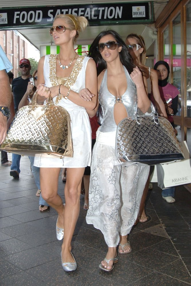Paris Hilton s Kim Kardashian