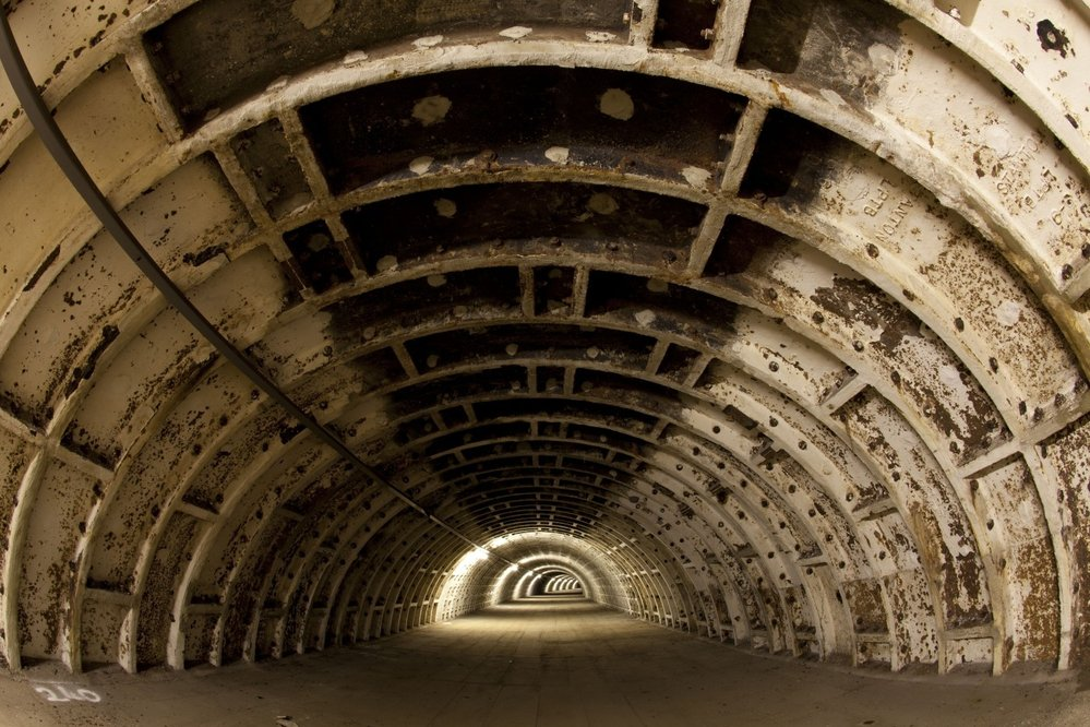 Londýnský tunel dříve používaný jako sklad