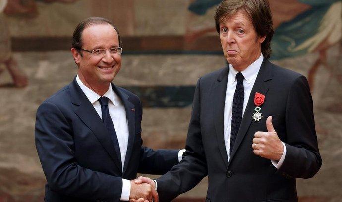 Paul McCartney převzal Řád čestné legie z rukou francouzského prezidenta Hollanda