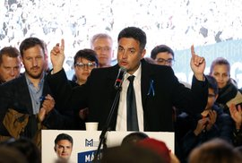 Porazí Orbána starosta z venkova? Šance jsou skoro padesát na padesát
