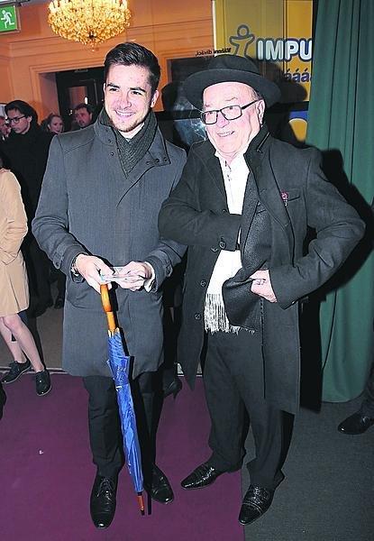 S dědou Petrem Jandou už nejednou hráli, chystají další projekty.