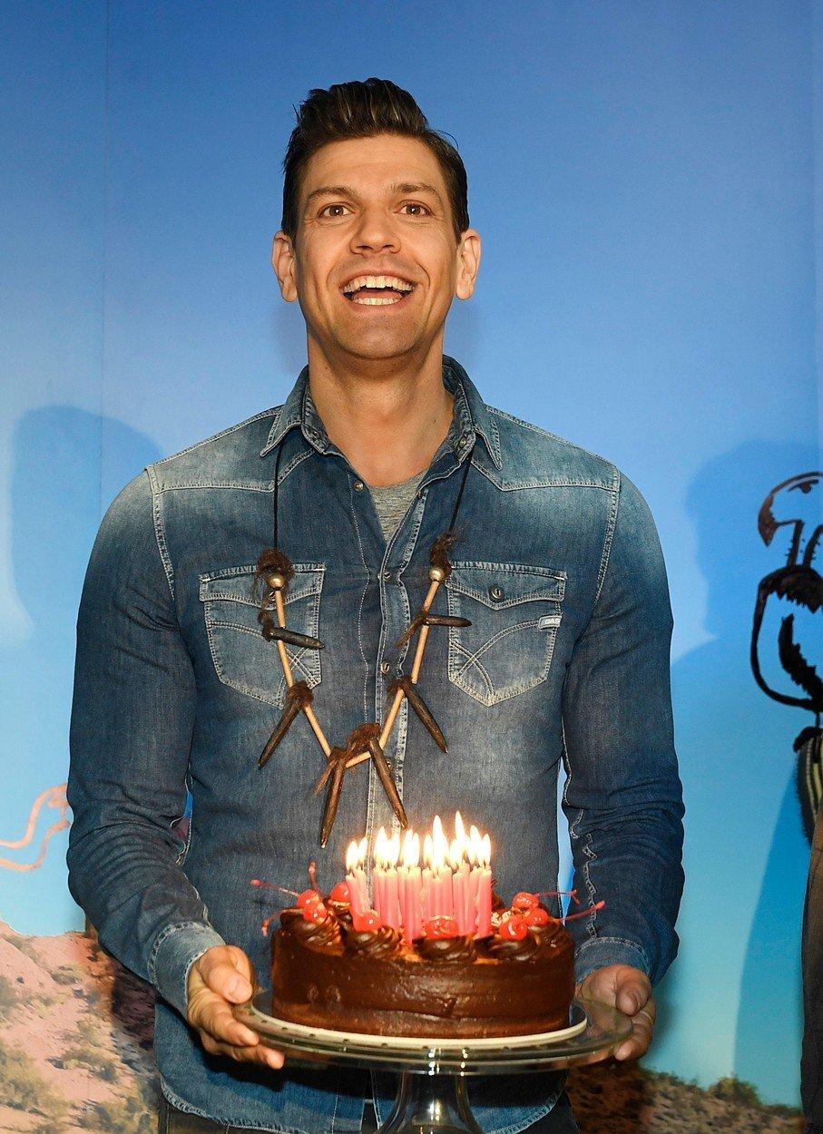 Petr Vojnar a jeho narozeninový dort.