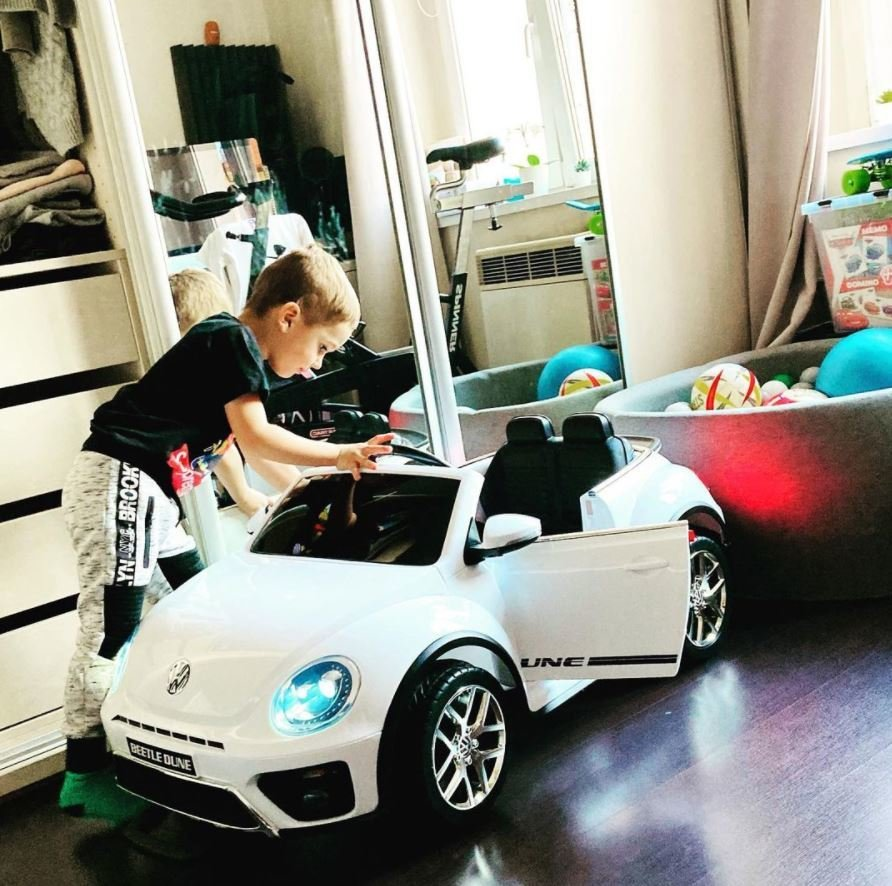 Syn Petra Vojnara má první auto!