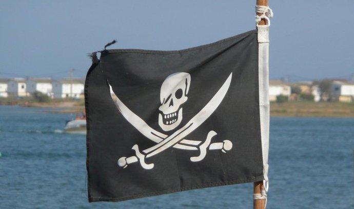 pirátská vlajka (ilustrační foto)