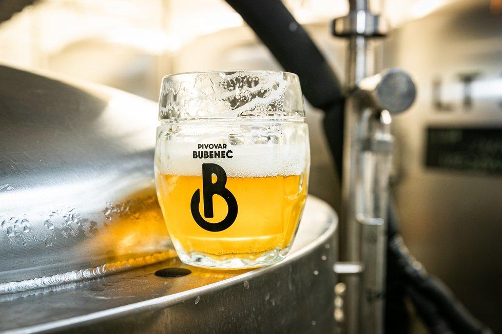 Pivovar Bubeneč se nachází v malebné zástavbě činžovních a vilových domů z první republiky. Kvalita zdejšího piva už stihla oslovit i řadu návtěv z nedalekých ambasád.