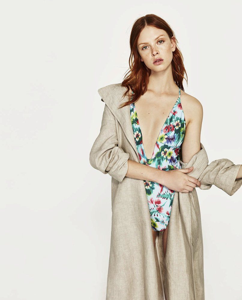 Květované plavky, Zara, 799 Kč