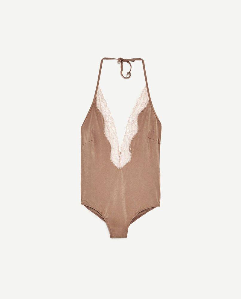 Sametové plavky s krajkou, Zara, 799 Kč