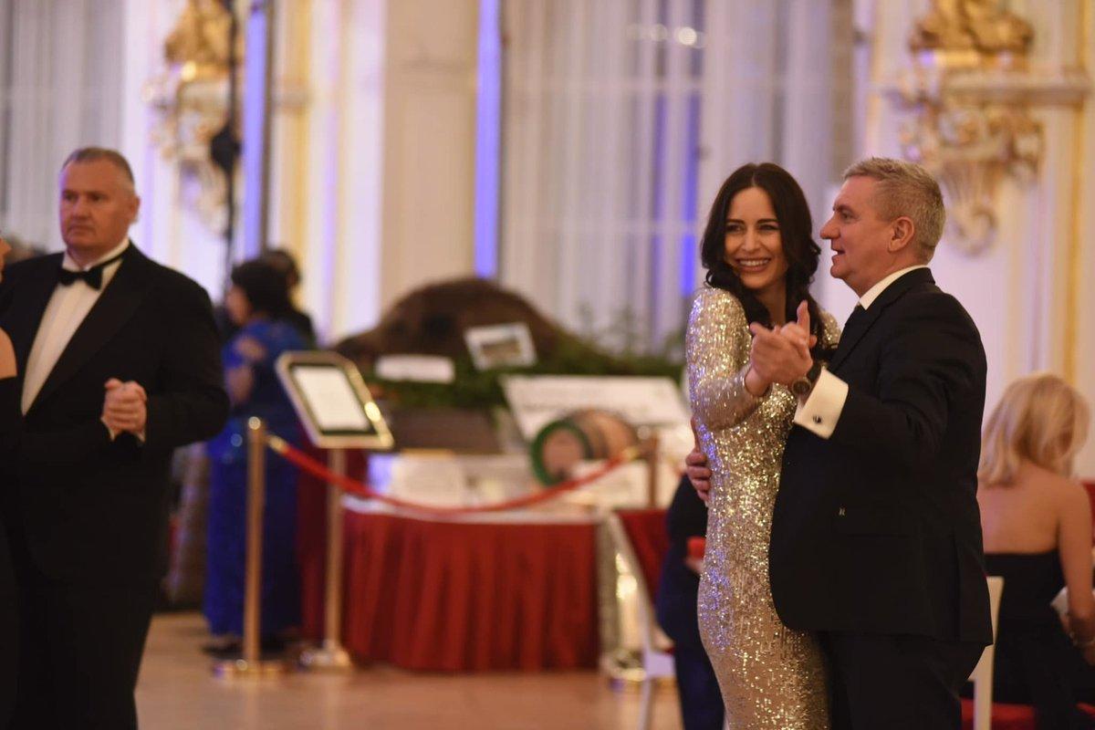 Alex Mynářová si na hradním plese zatančila se svým mužem, kancléřem Vratislavem Mynářem (10.1.2020)