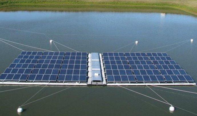 plovoucí solární elektrárna, Renewable Energy College