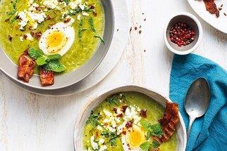 S jarní únavou zatočí jarní polévky. 7 receptů na každý den v týdnu!