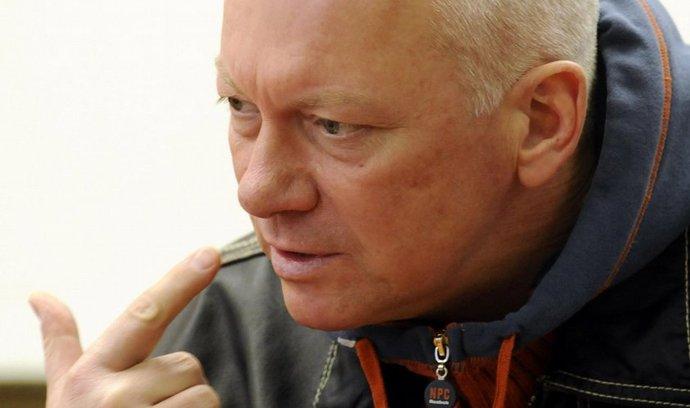 Policie zadržela náměstka ústecké hejtmanky Pavla Koudu (ČSSD, na archivním snímku z 31. října 2008) a dalších pět lidí. Viní je ze zneužití pravomoci úřední osoby a poškození zájmů EU.