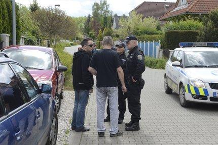Na místě opět hlídkuje policie.