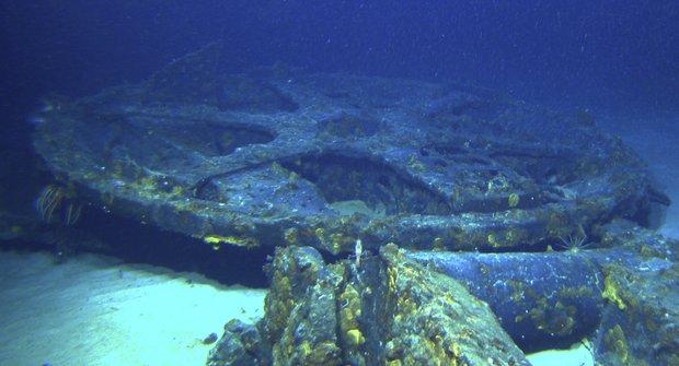I-400 Sentoku: Příběh japonské letadlové ponorky