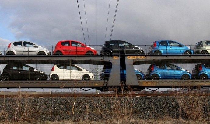 Poptávka po malých autech v Evropě klesá, tak oficiálně zdůvodnila automobilka TPCA plánované omezení výroby.