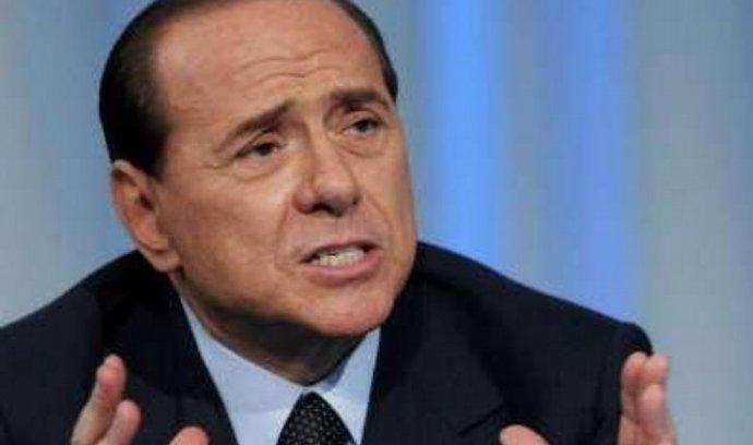 Předseda italské vlády Silvio Berlusconi se nebude po vypršení svého mandátu v roce 2013 ucházet o znovuzvolení.