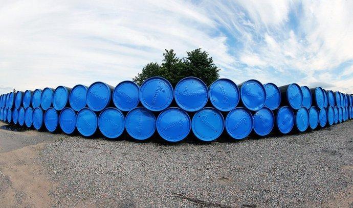 Potrubí připravené pro stavbu plynovodu