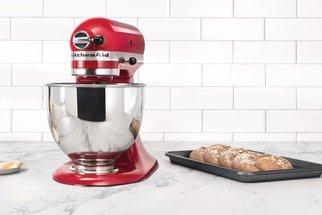 Nezbytnost pro každého foodie nadšence: podmanivě vášniví roboti KitchenAid