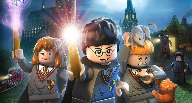 Hranatý Harry Potter se dobře hraje. Na kompu a z Lega
