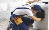 Opravář radí: 3 nejčastější závady na pračce, které si vyřešíte sami