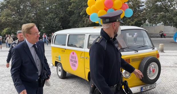 Demonstrace před ministerstvem zdravotnictví. (28. září 2021)