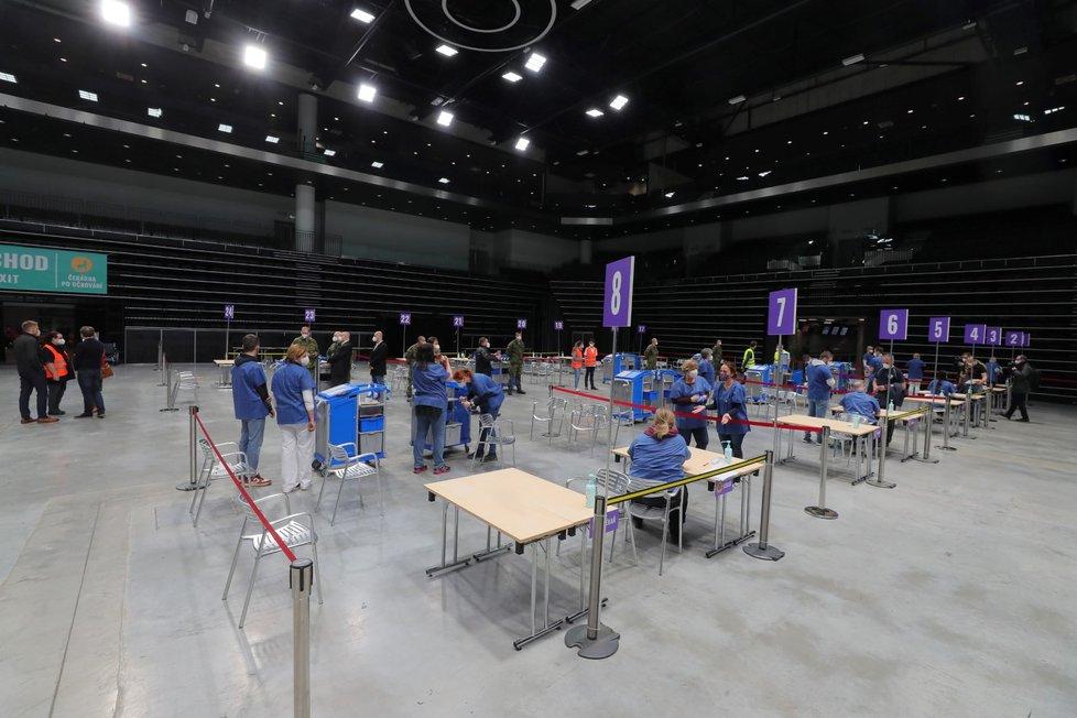 Generální zkouška velkokapacitního očkovacího centra v hale O2 universum. (9. dubna 2021)