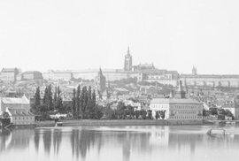 Praha za Rakouska-Uherska: Jedinečné staré snímky zachycují její zašlou podmanivou …