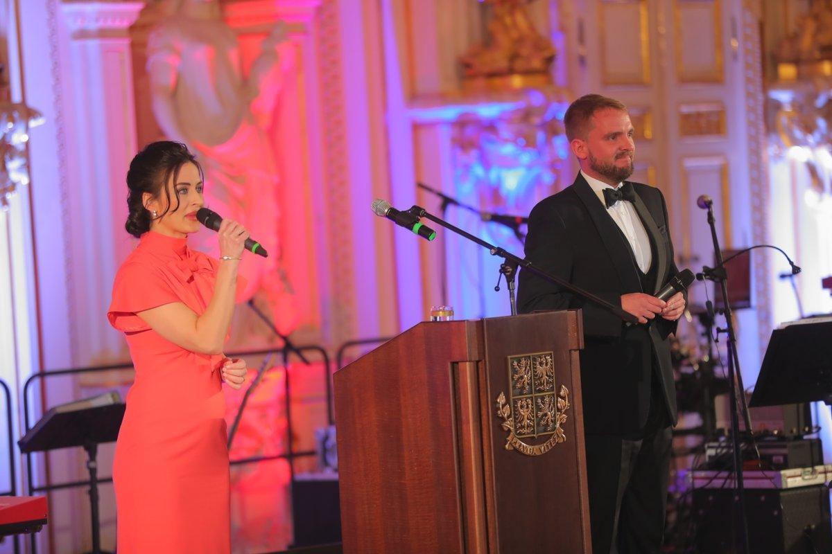 Hradní ples 2019: Moderátoři Alex Mynářová a Libor Bouček